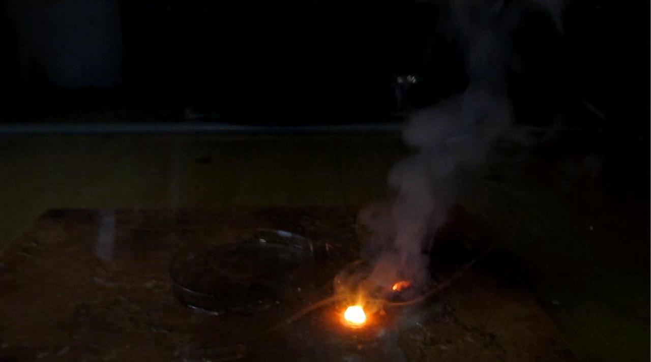 Литий и концентрированная серная кислота