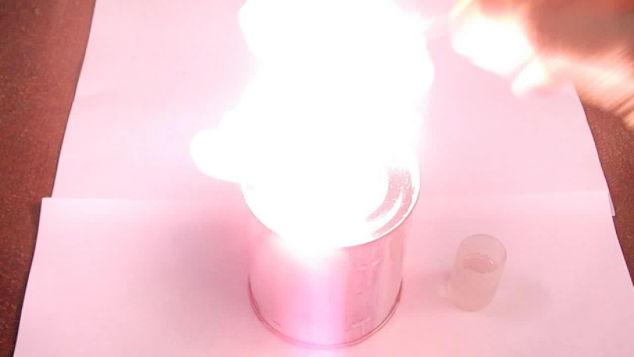 Воспламенение смеси бертолетовой соли и сахара