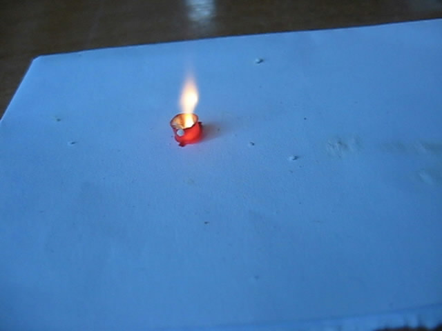 Воспламенение пистона от контакта с серной кислотой