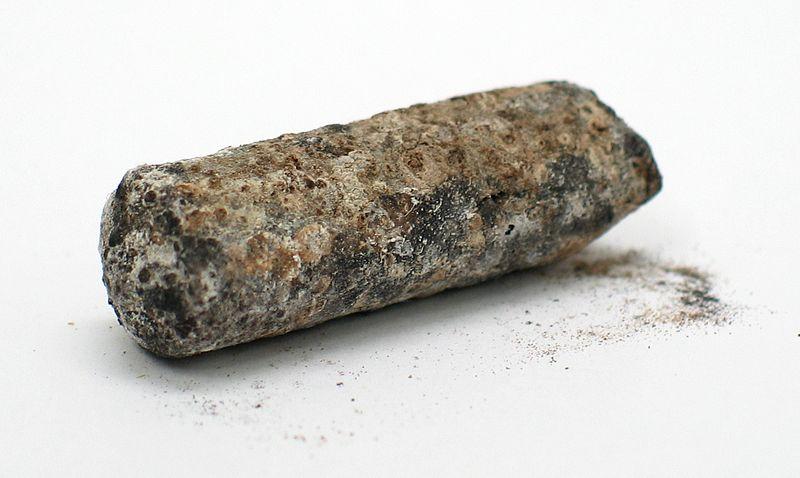 Таллий, покрытый продуктами коррозии
