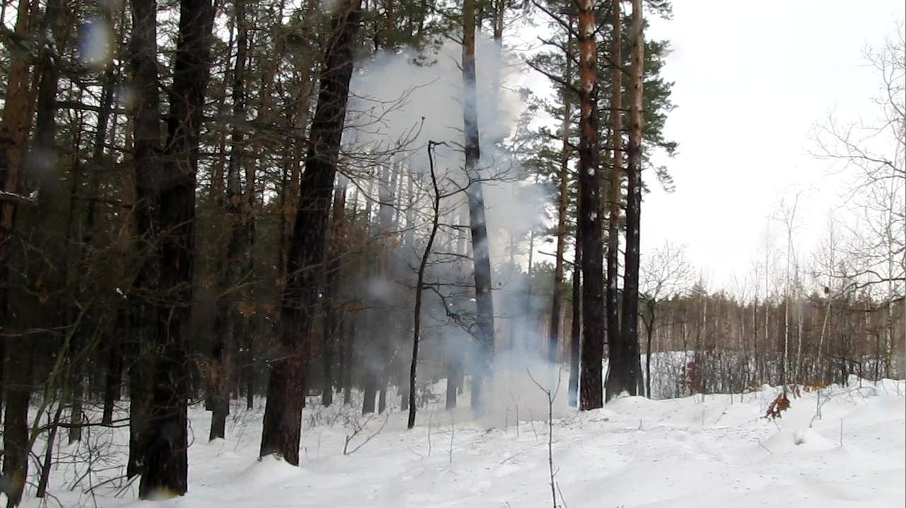 Взрыв смеси этиленгликольдинитрата, нитроглицерина и активного наполнителя