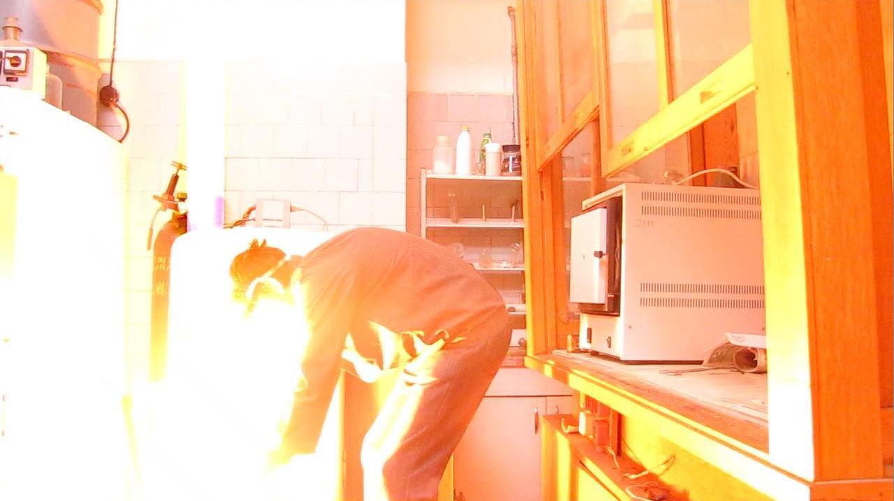 Взрыв смеси бромата калия и красного фосфора