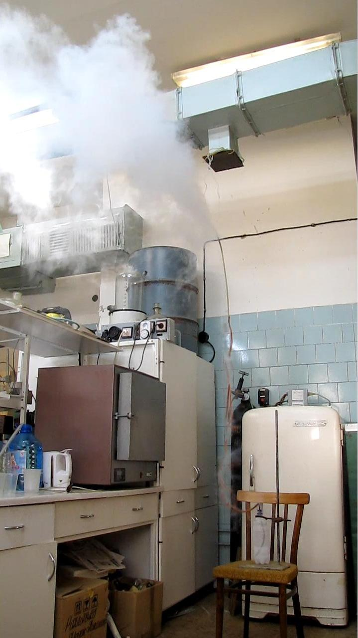 Опыты с жидким азотом. Азотный фонтан