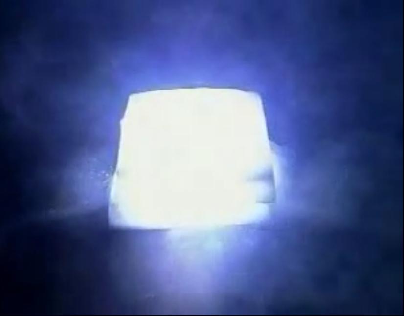 Горение магния внутри брикета сухого льда