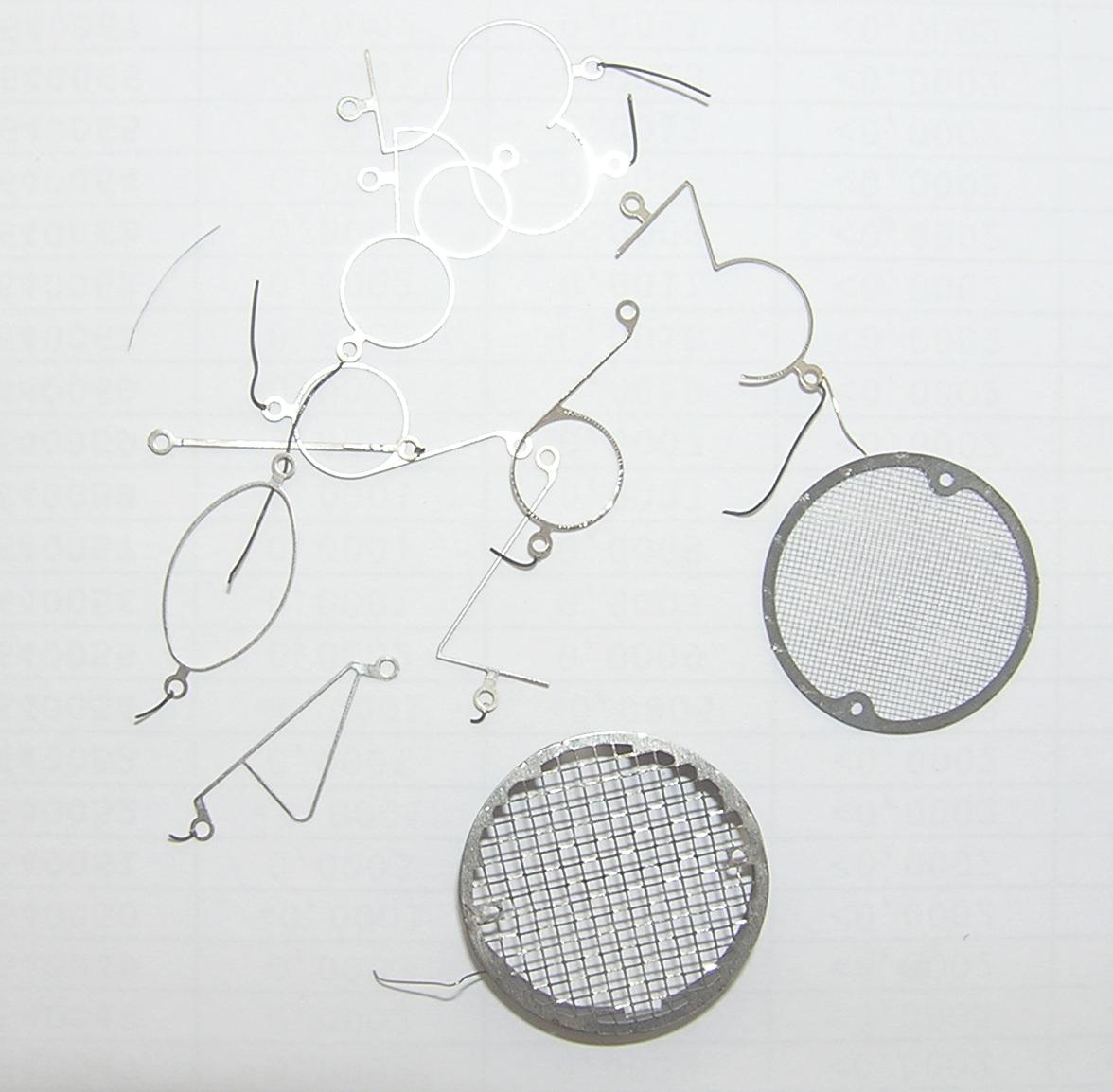 Цифры и управляющие сетки лампы-индикатора сделаны из никеля