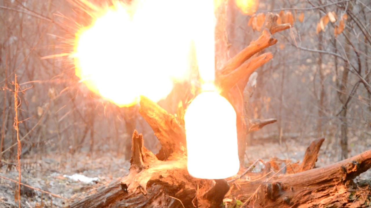 Взрыв ацетилена (бутылка 6.5 л)