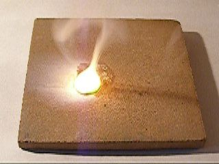 Плавление и горение натрия. Melting and Burning Sodium