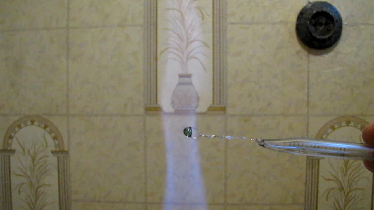 Перлы буры: медь (восстановительное, потом - окислительное пламя). Borax bead tests: copper (reducing and oxidizing flame)