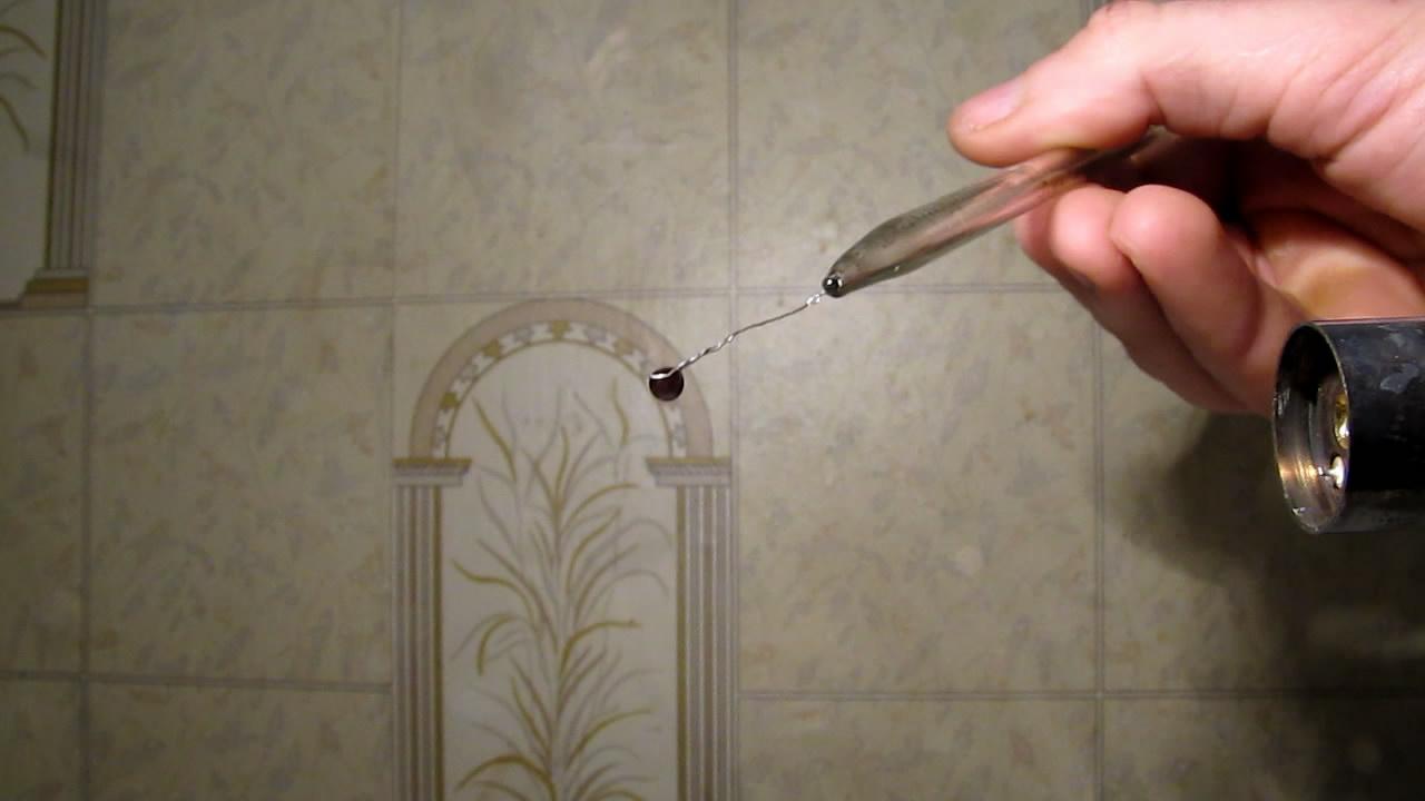 Перлы буры: марганец (KMnO4). Borax bead tests: manganese (KMnO4)