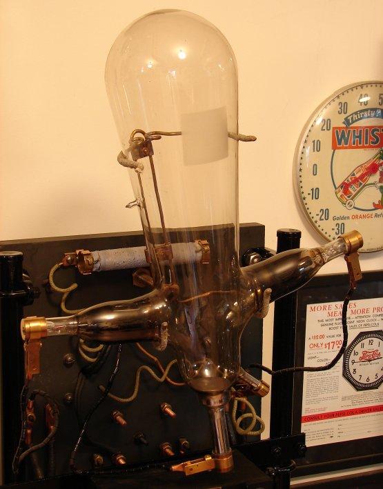 Ртутный выпрямитель (игнитрон)