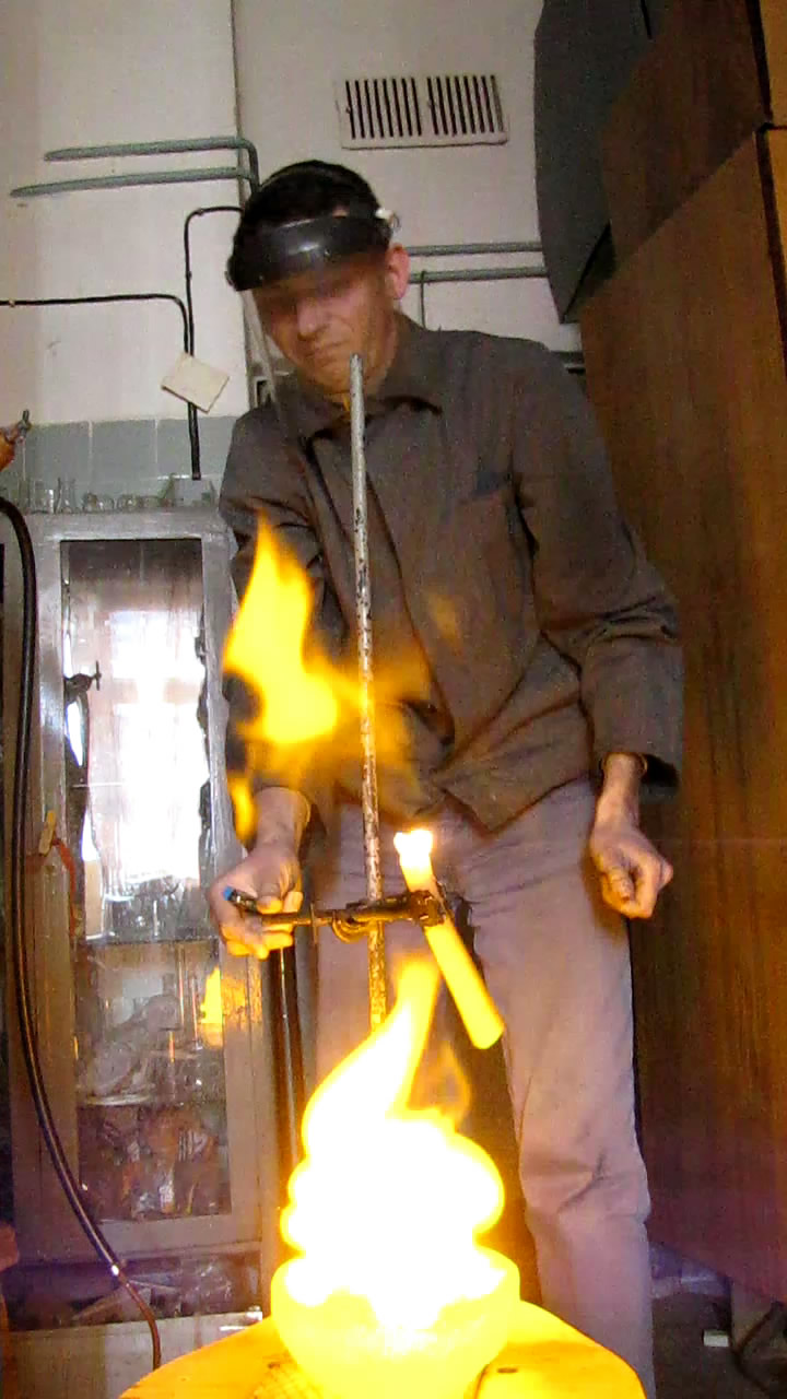 Пена с водородом (горение)