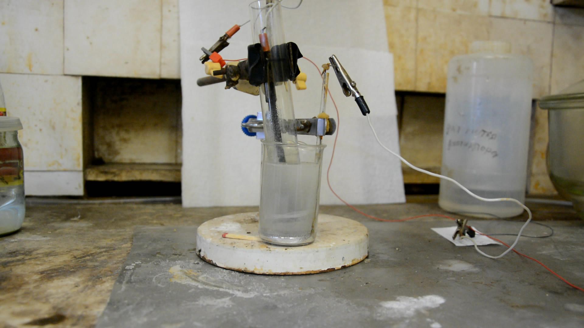 Получение амальгамы калия (электролиз хлорида калия с ртутным катодом)
