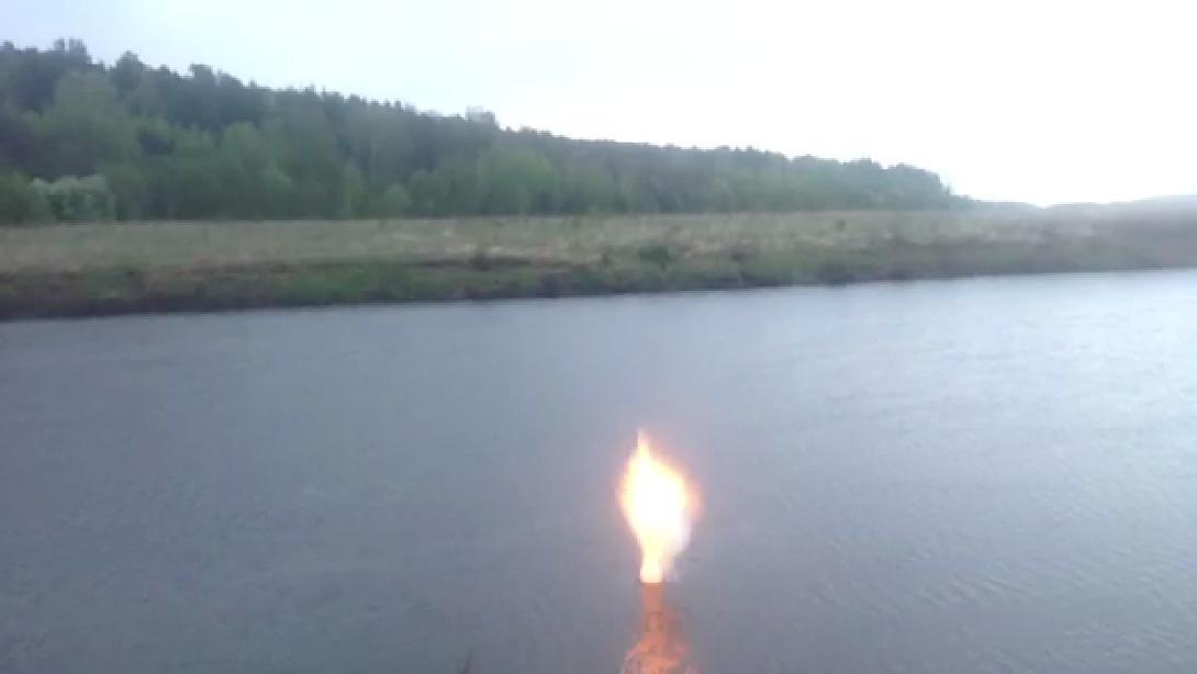 Реакция натрия (9.5 грамм) с водой