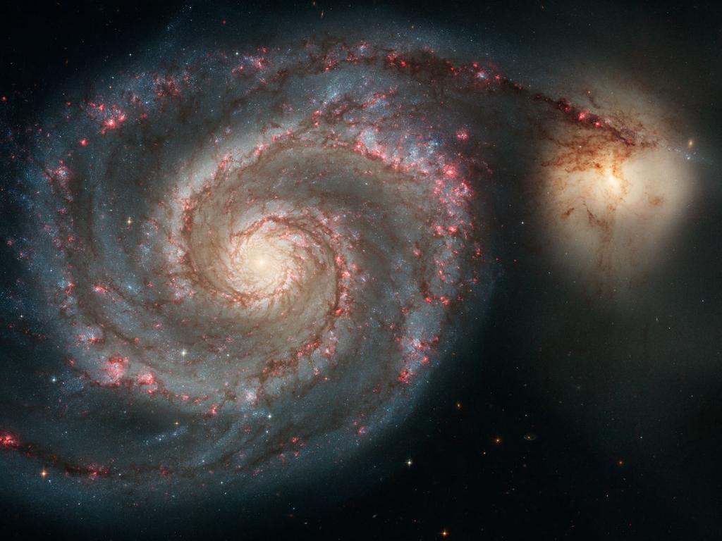 Галактика Водоворот (M51) вместе со спутником