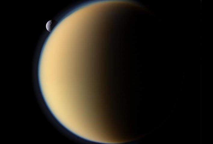 Титан (спутник Сатурна)