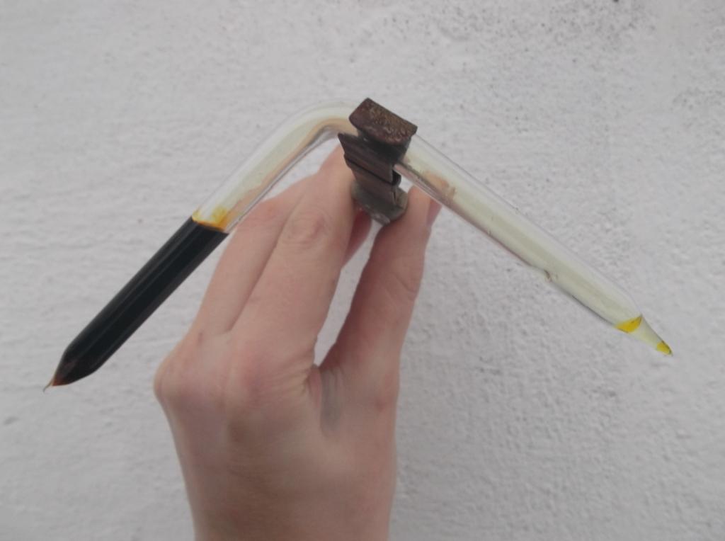 Трубка для получения жидкого хлора