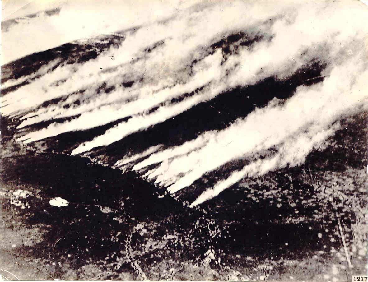 Газовая атака (фотография сделана с аэроплана)