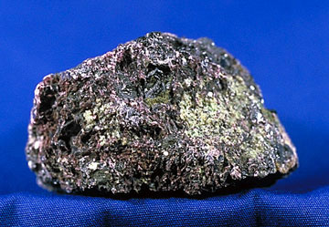 Хромистый железняк (хромит)