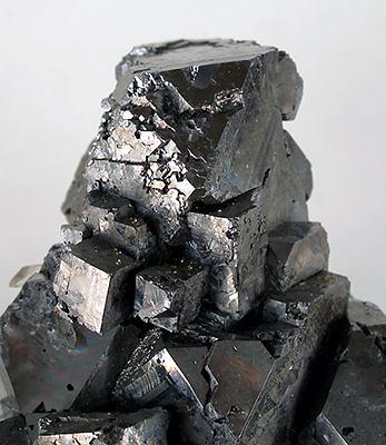 Галенит (свинцовый блеск) - сульфид свинца(II) PbS