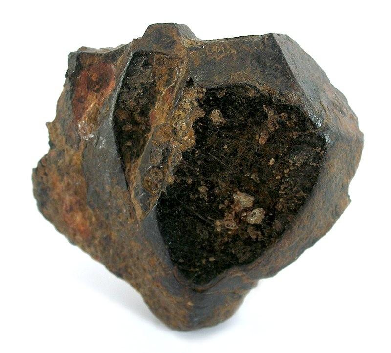 Ильменит (титанистый железняк) FeTiO3