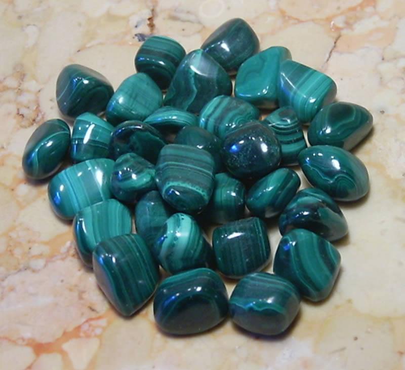 Малахит - основный карбонат меди