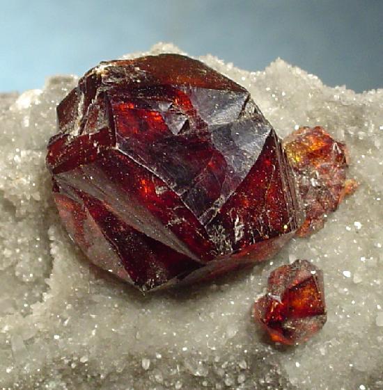 Сфалерит (цинковая обманка) - сульфид цинка