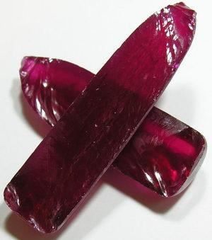 Синтетический рубин