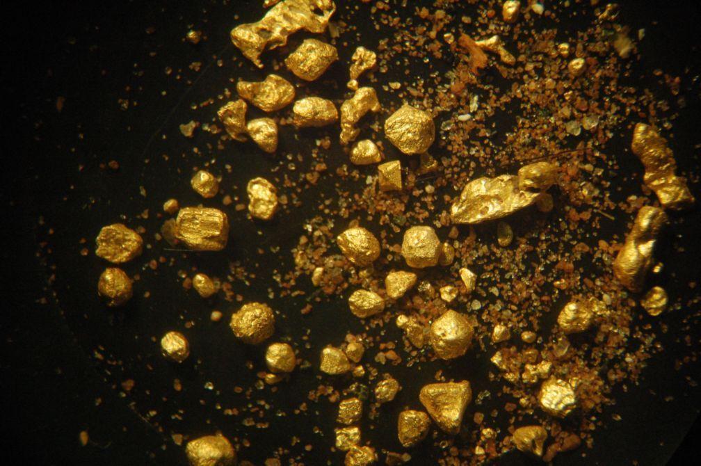 Кристаллы золота