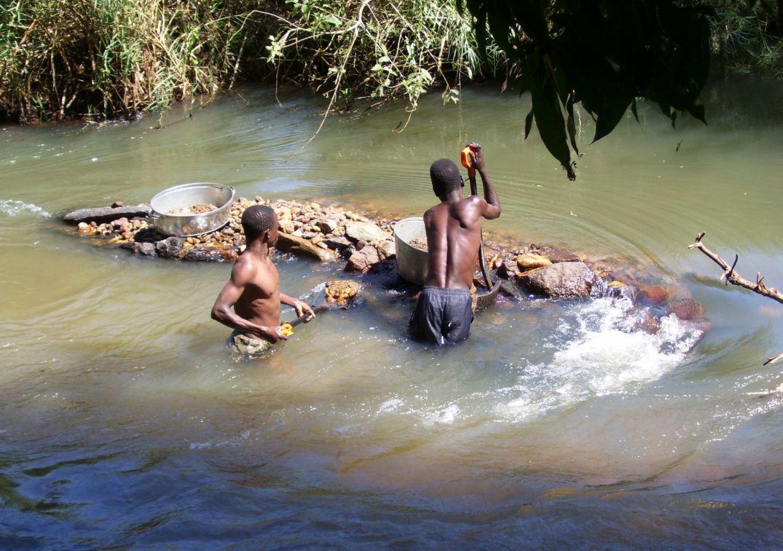 Добыча золота (Мозамбик)