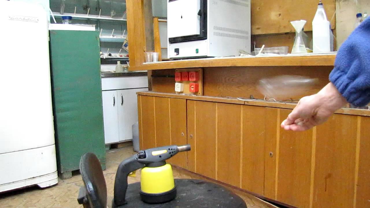 Взрыв гремучего газа в ПЭТФ бутылке объемом 1.5 л