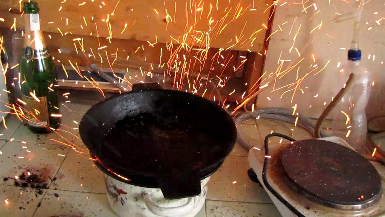 Химический вулкан: незапланированное извержение (1000 г смеси: 92% аммиачной селитры и 8% угля)
