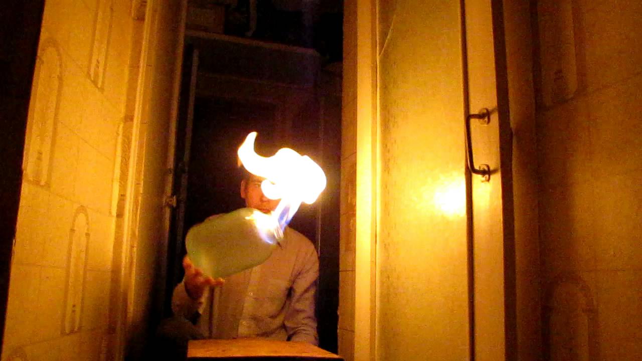 Горение метана (банка на 1.5 и 3 л). Burning of methane (in a glass jar)