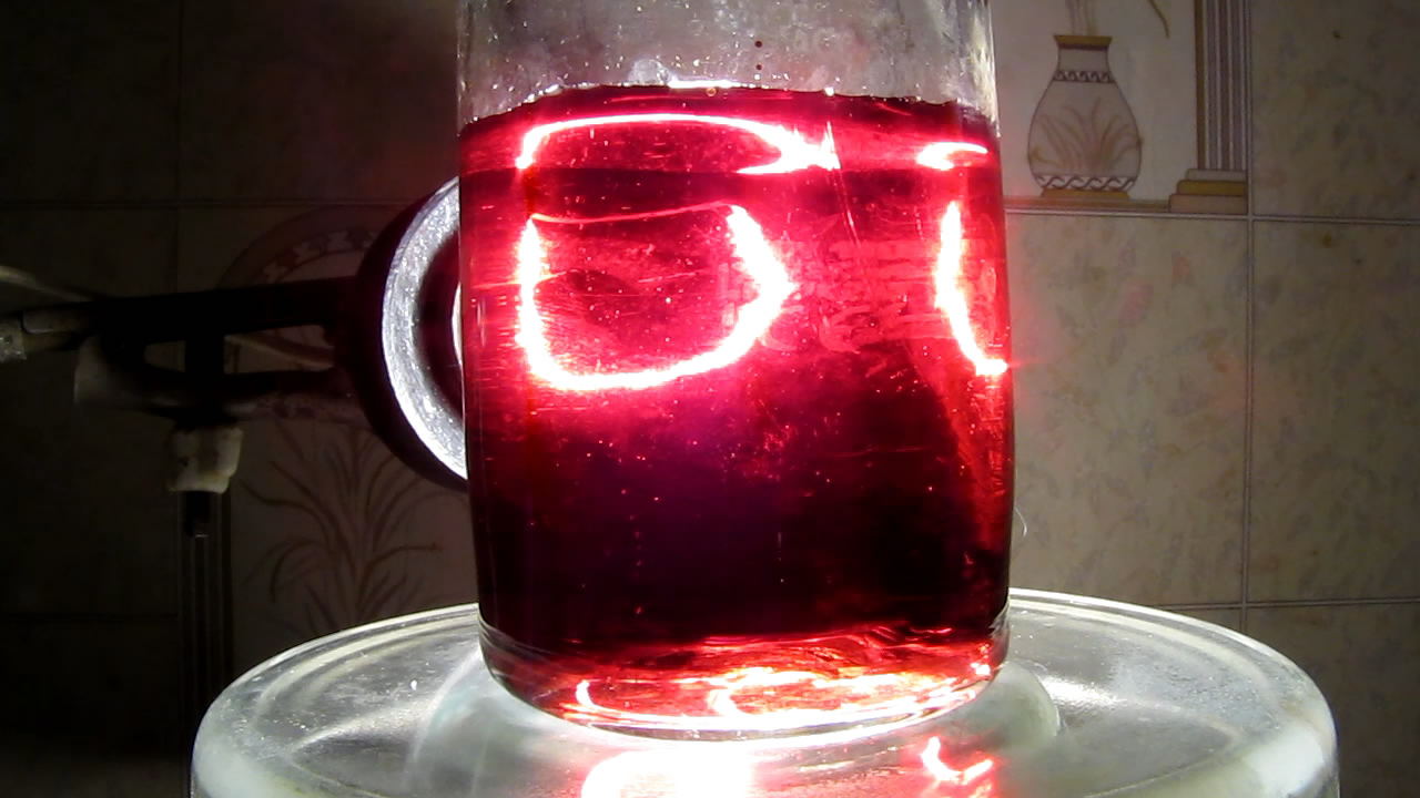 Сульфосалициловая кислота и хлорид железа (III) [образование комплекса]. Sulfosalicylic acid and iron (III) chloride