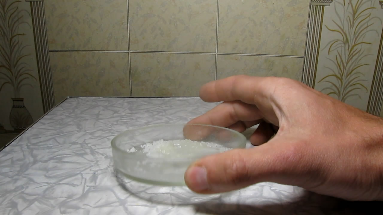 Тиосульфат натрия и перекись водорода (химический гейзер). Sodium thiosulphate and hydrogen peroxide (chemical geyser)