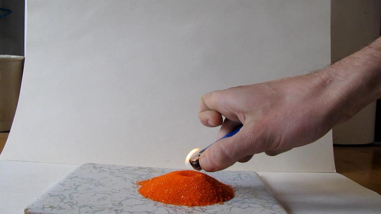 Химический вулкан (разложение бихромата аммония)