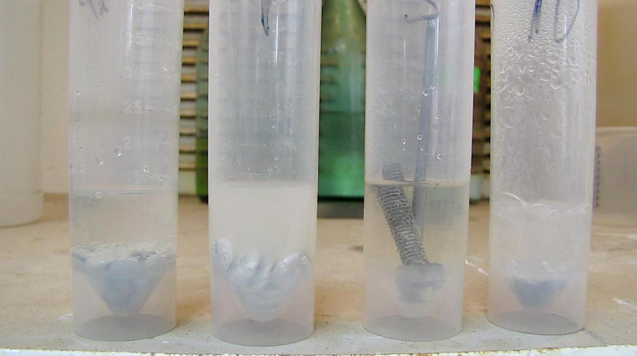 Плавиковая кислота и металлы