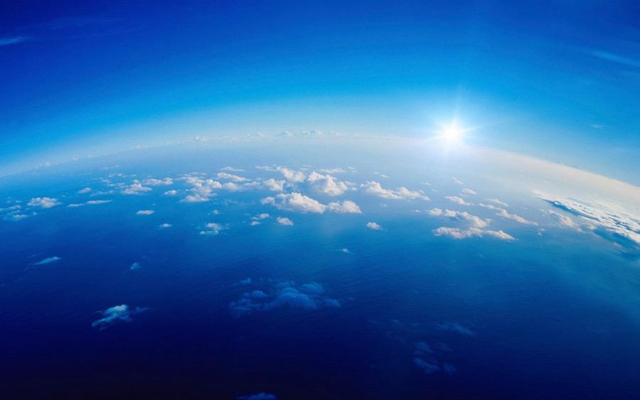 Синее небо
