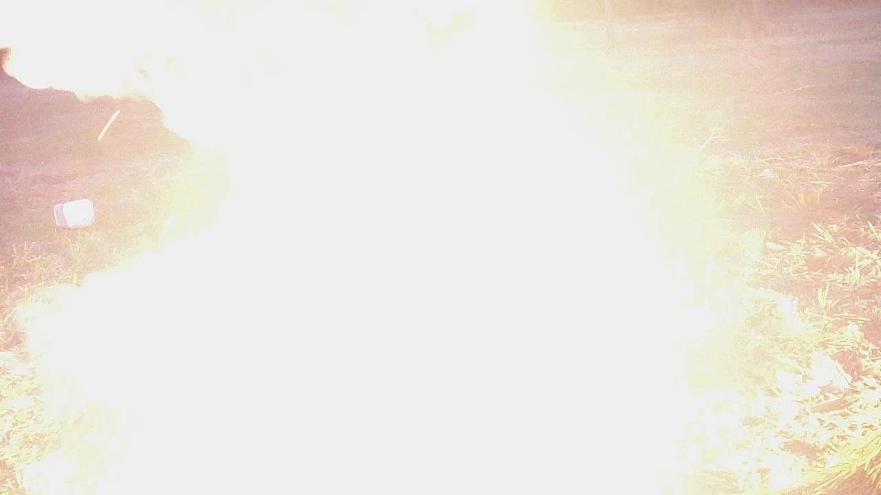 Вспышка смеси свинцового сурика и алюминиевой пудры