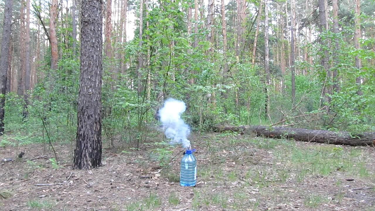 Взрыв ГМТД (3 г) в бутылке с водой (6 л)