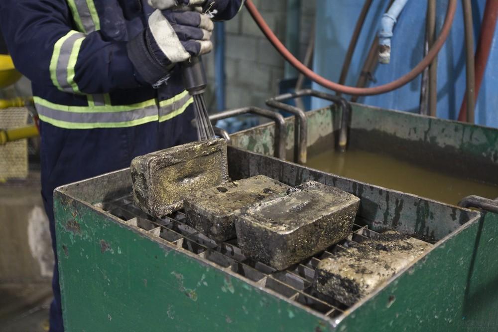 Кумтор - крупное месторождение золота в Кыргызстане