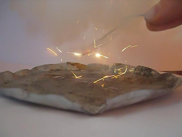 Порошок алюминиево-магниевый (ПАМ) и перхлорат калия