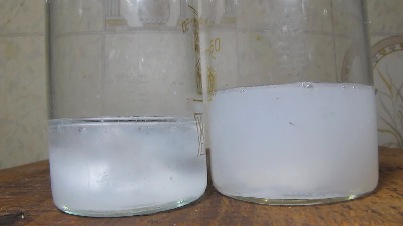 Мрамор, серная кислота и фосфорная кислота. Marble, sulfuric acid and phosphoric acid