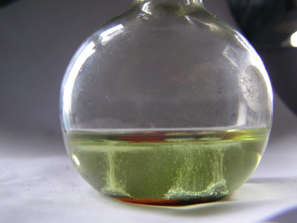 Восстановление ванадата аммония водородом в момент выделения