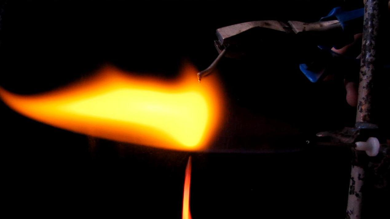 Пламя водорода и алюминий