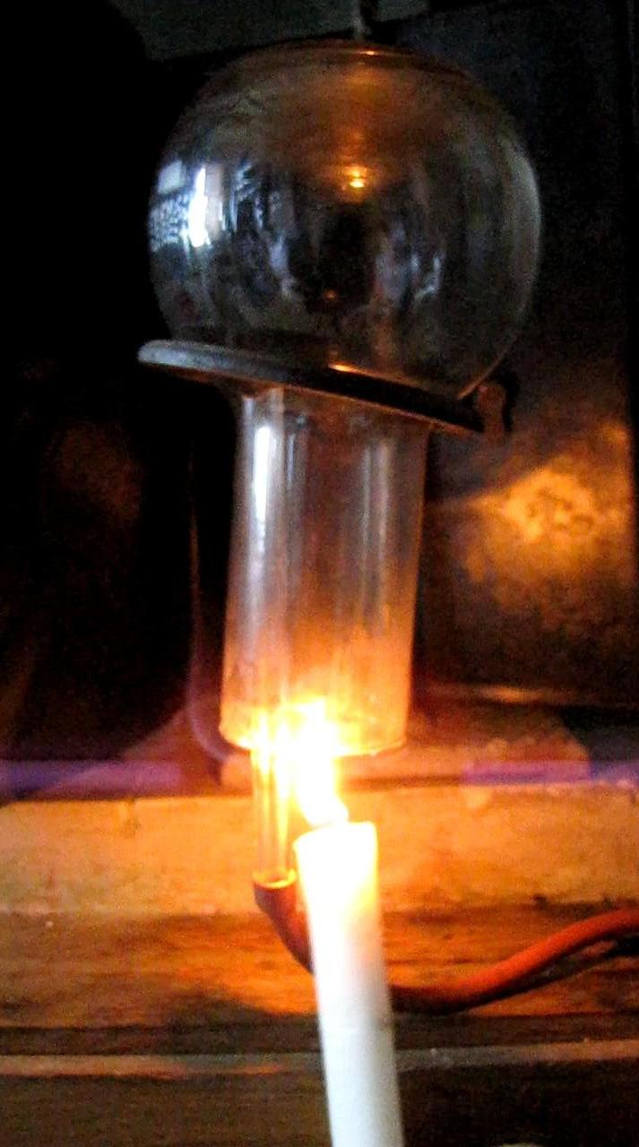 Водород гасит свечу
