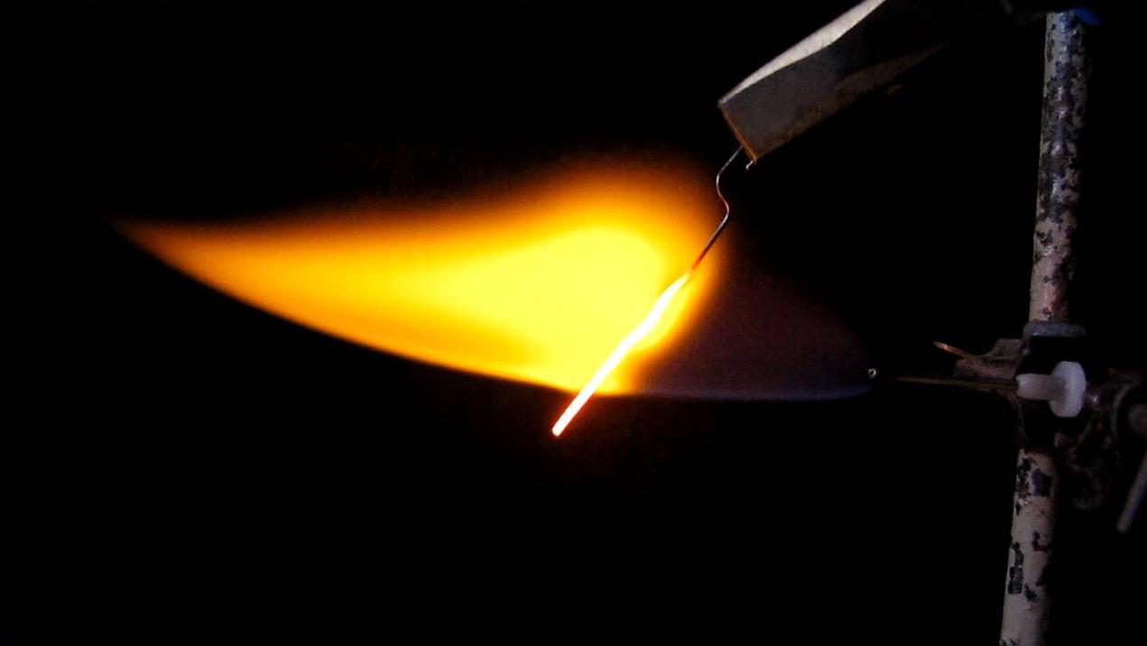 Пламя водорода и железо