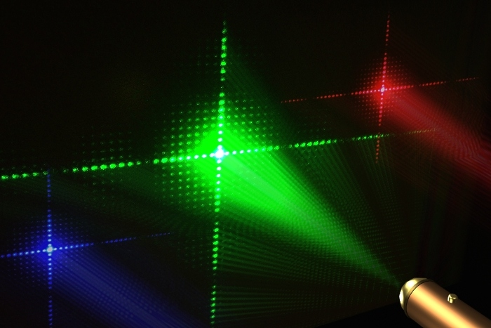 Дифракционная решетка и лазеры