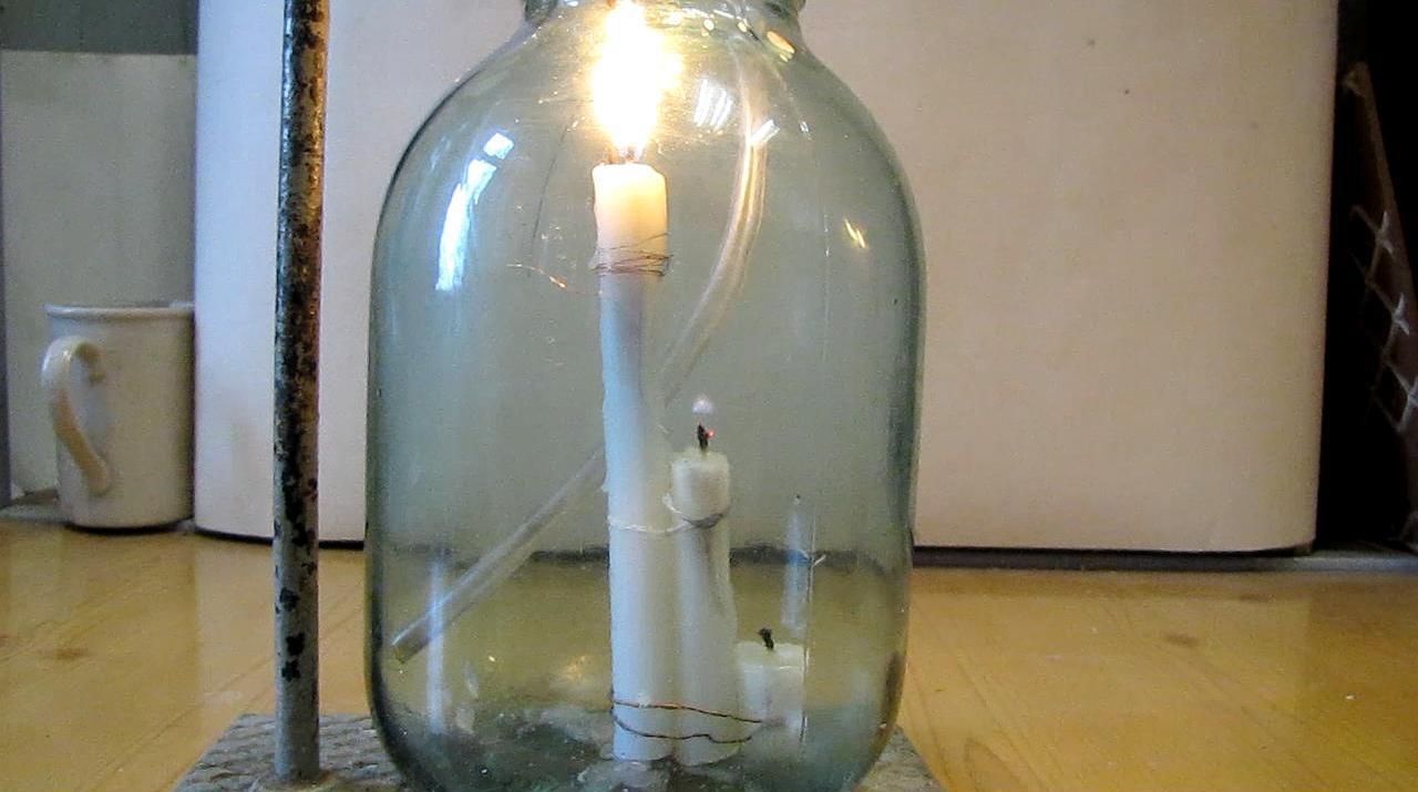 Аргон гасит свечи
