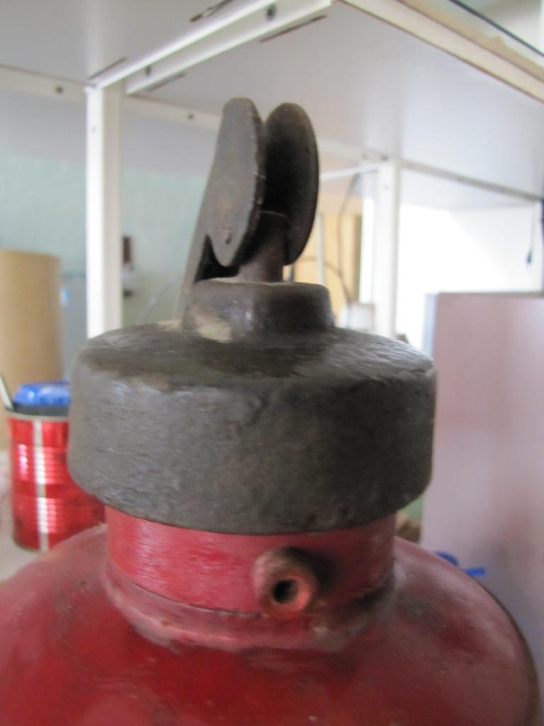 Огнетушитель ОХП-10 (огнетушитель химический пенный объемом 10 л)