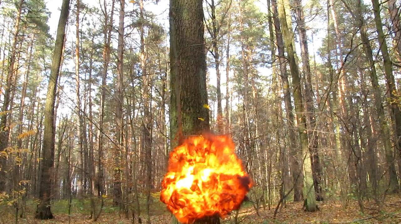 Взрыв воздушного шарика с ацетиленом